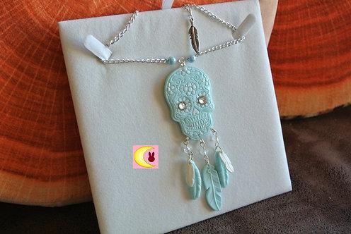 Collier Sautoir Attrape-rêves Blue Skull en porcelaine froide