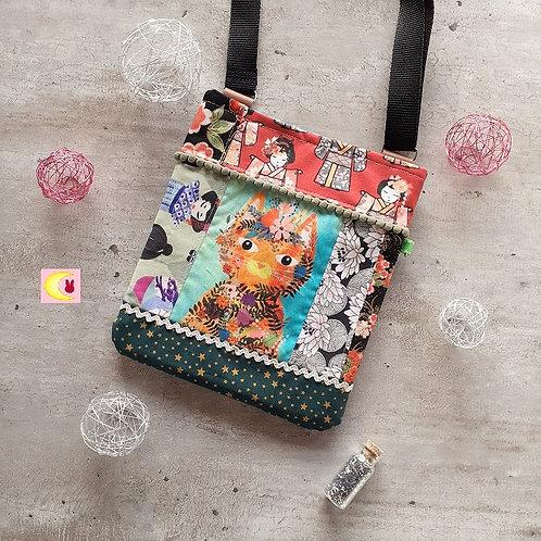 petit sac en bandoulière patchwork pat'chat vue de face