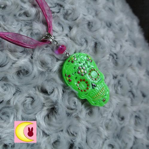 Collier Green Muerte Dia de los Muertos Fête Mexique en porcelaine froide