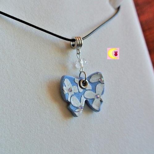 Collier Blue Butterfly en porcelaine froide fait main