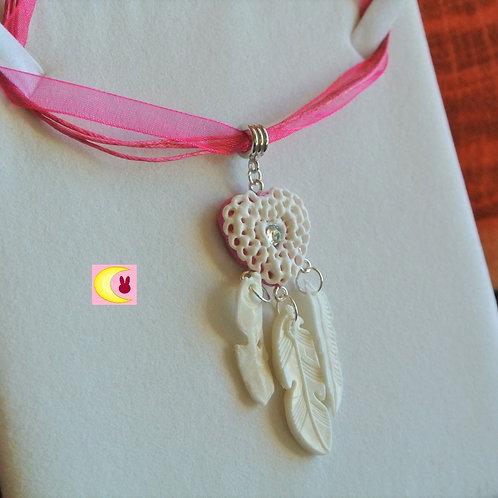Collier Attrape-rêves Pink Heart en porcelaine froide