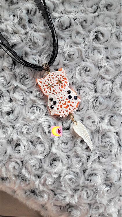 Collier Autumn Owl en porcelaine froide chouette hibou