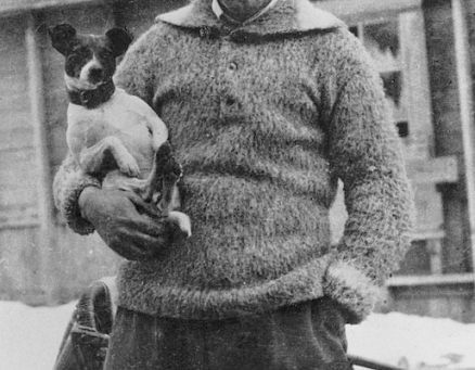 Первая собака, пролетевшая над Северным полюсом