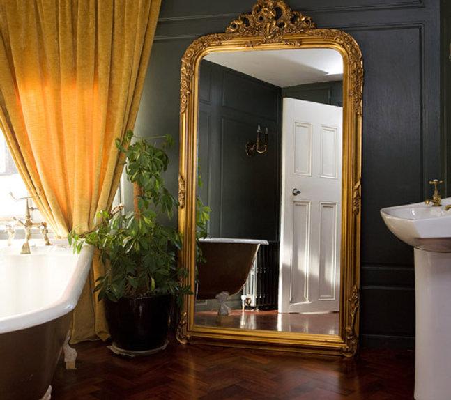 Abby House bathroom.jpg