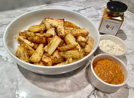 GARLIC AND BLACK PEPPER WEDGES