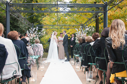 romantic wedding in Italy by wedding photographer Claire Barrett 27