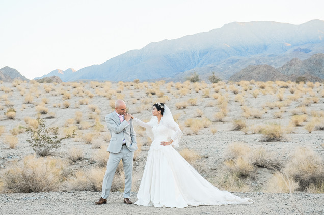 WEDDING AT FOOTHILLS OF SANTA ROSA MOUNTAINS LA QUINTA CA BY LOS ANGELES WEDDING PHOTOGRAPHER CLAIRE BARRETT 33