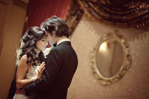 winter wedding at the millenium biltmore hotel los angeles by los angeles wedding photographer 18