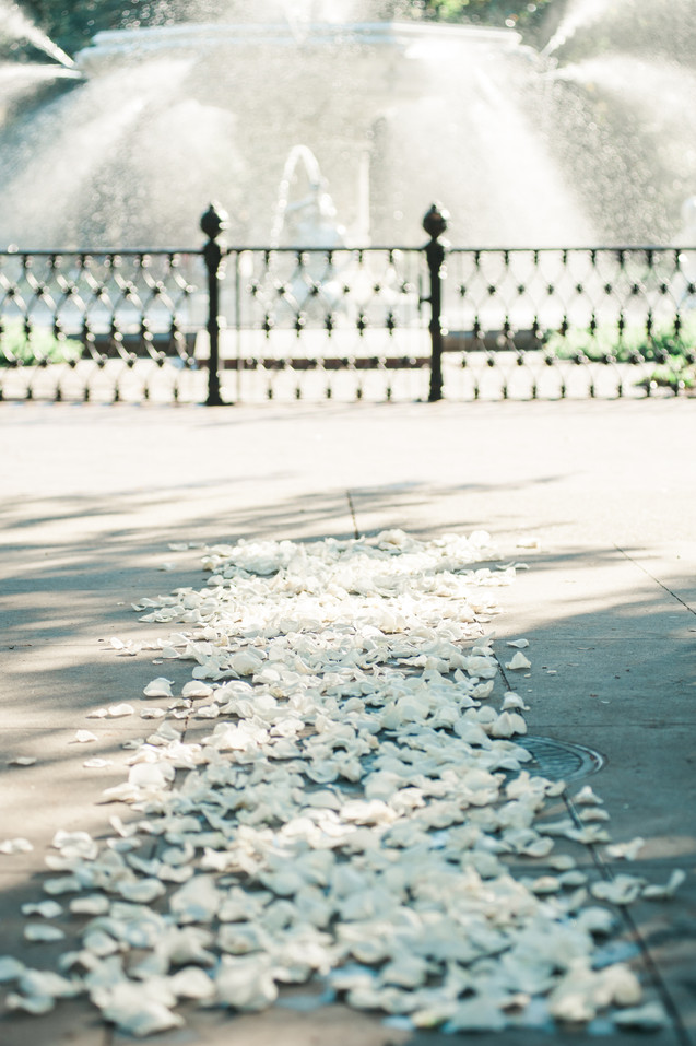 wedding at the historic whitman mansion forsyth park savannah by savannah wedding photographer 41