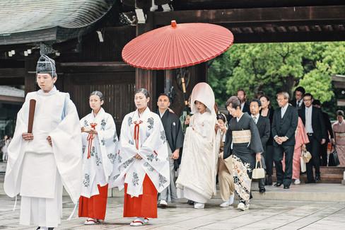 TRADITIONAL WEDDING AT MEIJI SHRINE TOKYO BY DESTINATION WEDDING PHOTOGRAPHER 19