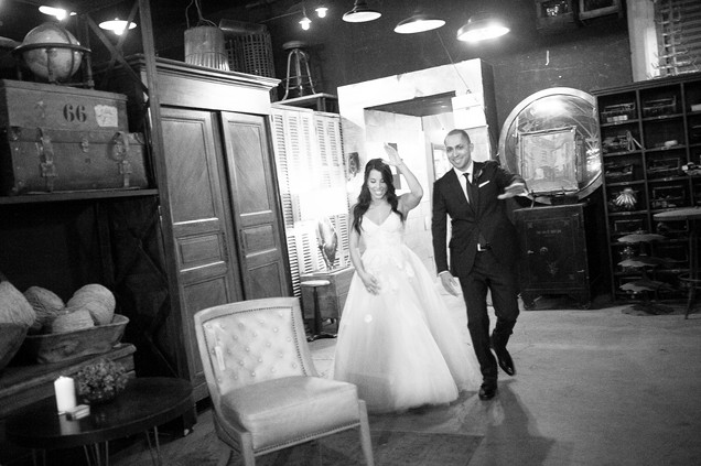 wedding at big daddy's antiques store los angeles by los angeles wedding photographer 38