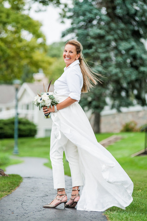 NAUTICAL THEMED LAKESIDE WEDDING IN WISCONSIN BY DESTINATION WEDDING PHOTOGRAPHER CLAIRE BARRETT 34