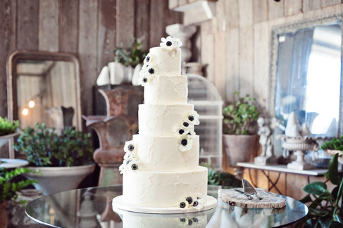 wedding at big daddy's antiques store los angeles by los angeles wedding photographer 29