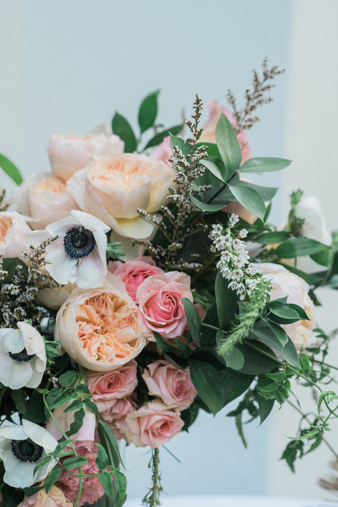 WEDDING AT THE LUXE HOTEL LOS ANGELES BY PHOTOGRAPHER CLAIRE BARRETT