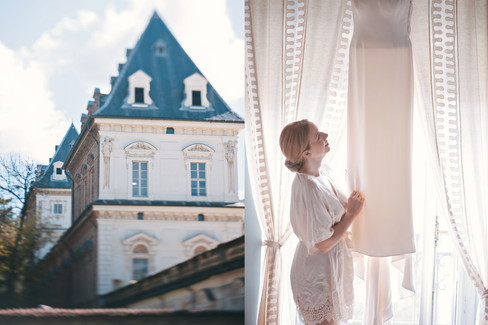 romantic wedding in Italy by wedding photographer Claire Barrett 6