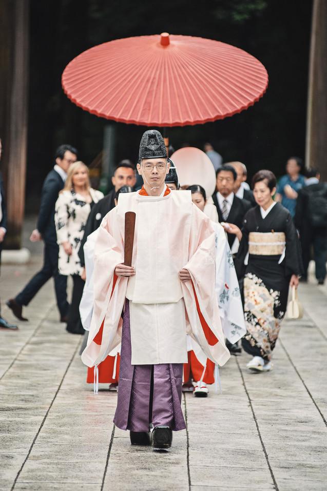 TRADITIONAL WEDDING AT MEIJI SHRINE TOKYO BY DESTINATION WEDDING PHOTOGRAPHER