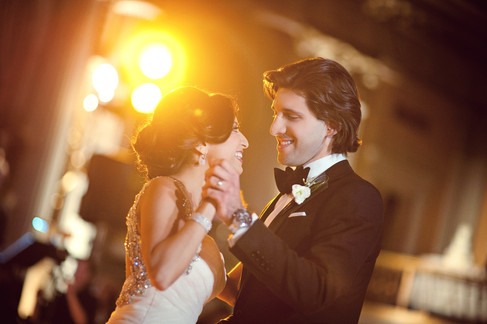 winter wedding at the millenium biltmore hotel los angeles by los angeles wedding photographer 33