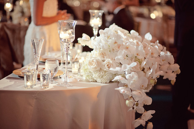 winter wedding at the millenium biltmore hotel los angeles by los angeles wedding photographer 38