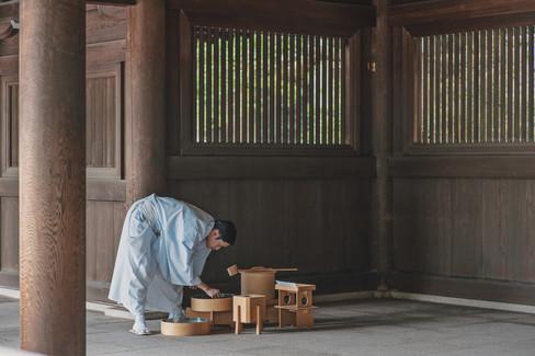 TRADITIONAL WEDDING AT MEIJI SHRINE TOKYO BY DESTINATION WEDDING PHOTOGRAPHER 5