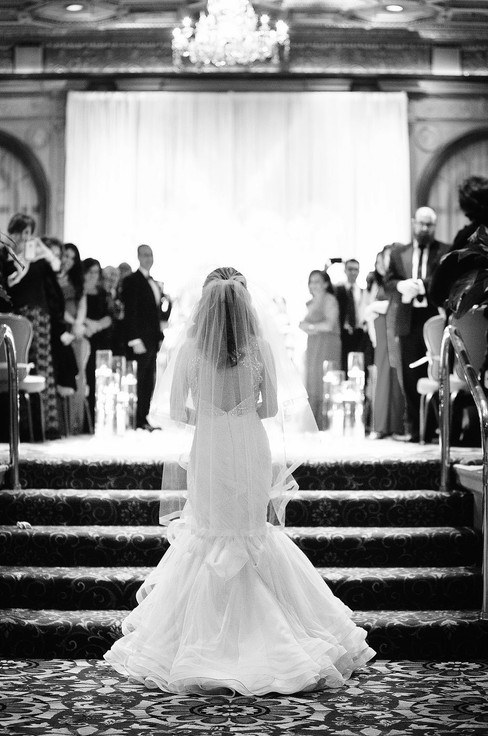 winter wedding at the millenium biltmore hotel los angeles by los angeles wedding photographer 22