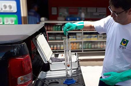 ANP fez mais de 7 mil ações de fiscalização do abastecimento no 1º semestre de 2020