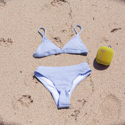 Bikini_Blue_Yellow Speaker.jpg