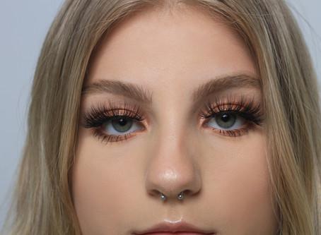 8 secrets: applying lashes