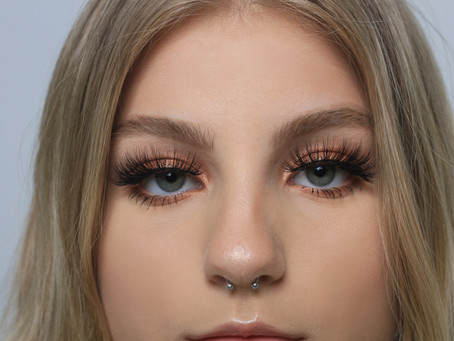 8 secrets: applying lashes