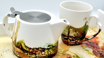Resin Serving Tray with Mugs.png