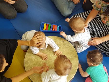 מדברים מוזיקה / אמהות, תינוקות ומוזיקה