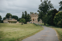 Kirtlington_Park_wedding_Simon_Biffen_Ph