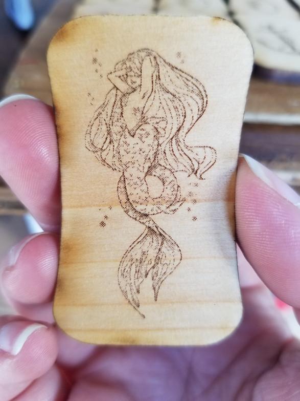 Mermaid 2' Domino Tile