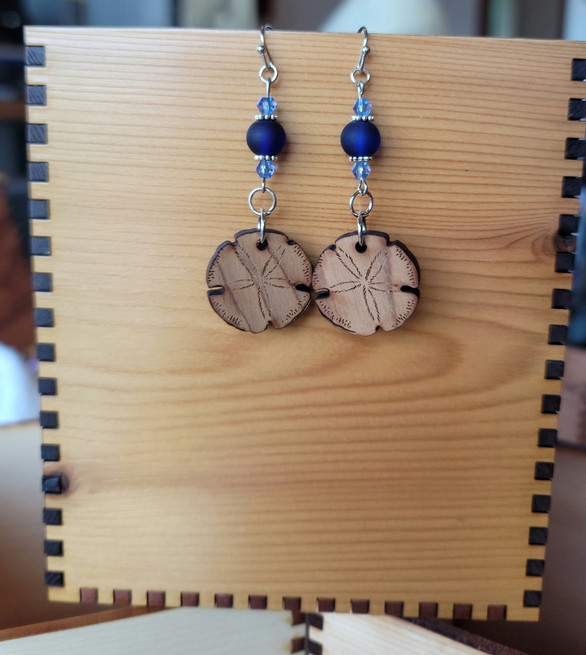 Sand Dollar - Glass & Crystal Beads