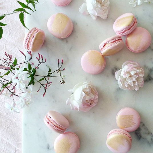 Blushing pinks for Friyay x__#macarons#m