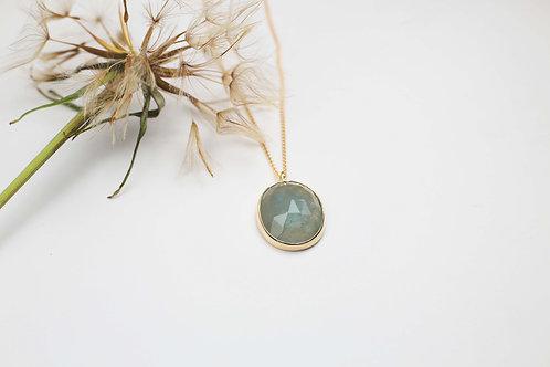 Rose cut aquamarine and 9ct gold pendant