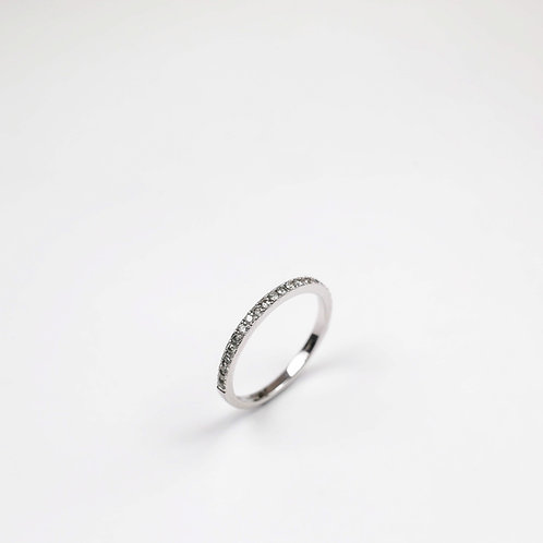 18ct white gold and grey diamond ring