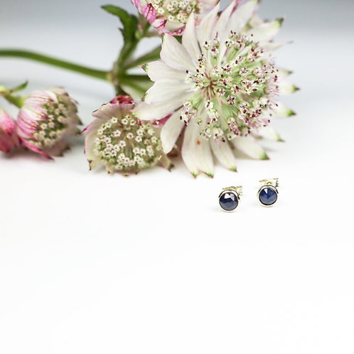 Rose cut Sapphire and white gold earrings