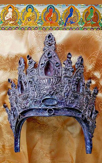 03b_jowo-chengdu_crown_4332a.jpg