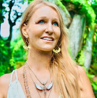 Light Priestess Temple. Jennifer Ashira Ra.Greece retreat sisterhood of Ra. The SunGoddessqueen codes. Ancient Greek, Priestess and Goddess Lineage. In-person and online. Divine feminine and sisterhood community