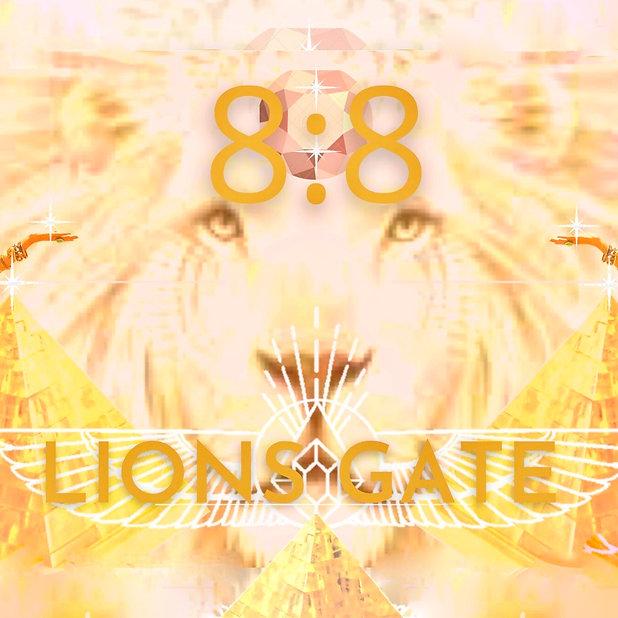 8_8 lions gate square 2 .jpeg