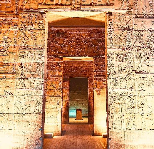 822px-The_interior_of_Philae_temple 3_edited_edited.jpg