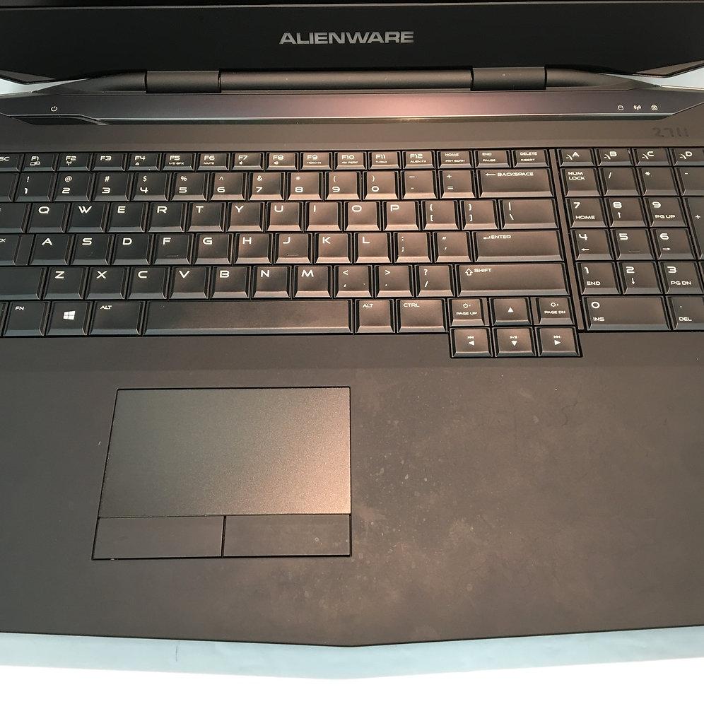 Dell Alienware 17 (i7 4710MQ 2 5GHz/16GB/1TB HDD/AMD Radeon 4GB/Win 8 1)  Laptop   a1tradeandloan