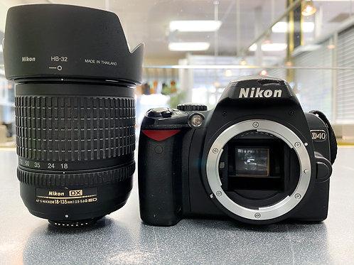 Nikon D40 6.1MP Digital SLR Camera w/ 18-135mm Lens