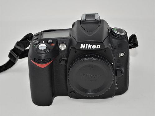Nikon D90 12.3MP DX-Format CMOS Digital SLR Camera Body