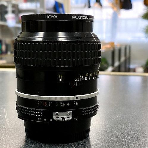 Nikon Nikkor 105mm 1:2.5Ai-S Manual Focus Lens