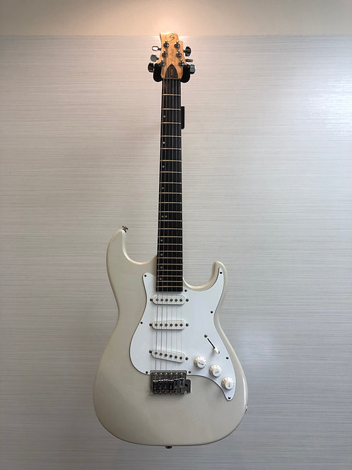 Greg Bennett Design Malibu MB-1/PW Samick music Signature series (V.G.)