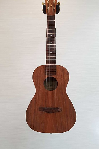 Kelii Ukulele Handcrafted in Hawaii (V.G.)