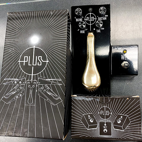Gamechanger Audio Plus Pedal with Footswitch
