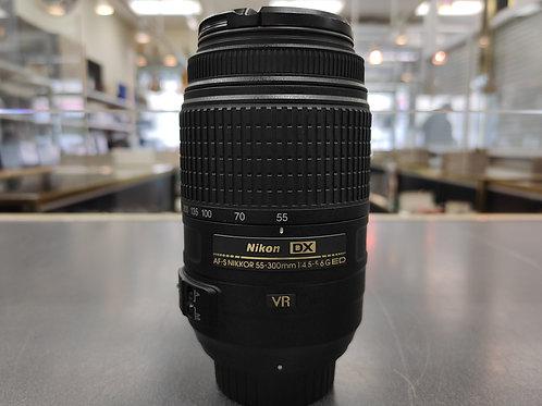 Nikon 55-300mm f/4.5-5.6G ED VR AF-S DX Nikkor Zoom Lens