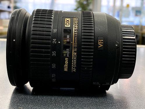 Nikon 16-85mm f/3.5-5.6G AF-S DX ED VR Nikkor Wide-Angle Telephoto Zoom Lens
